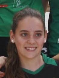 Nombre: Alicia García Ahedo Nacionalidad: España Fecha de Nacimiento: 30/11/1996. Lugar de Nacimiento: Burgos Estatura: 158 cm. Posicion: Líbero - b_alicia-garcia-ahedo