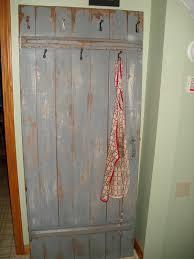 createit dumpster diving turn old door into coat rack