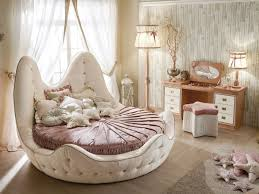 round bed with tufted headboard