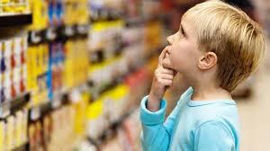 junk food child supermarket ile ilgili görsel sonucu