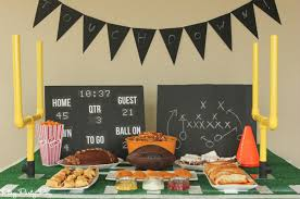 Super Bowl Party Decorating Ideas Everything you need to throw a super Super Bowl party including 11