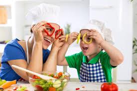 Resultado de imagen para family playing home
