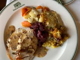 Let safeway handle the cooking on thanksgiving and order a prepared turkey dinner complete with all the sides. Chain Restaurants Serving Thanksgiving Dinner