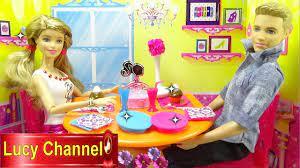 Đồ chơi Lucy Búp bê Barbie & Ken review Bàn búp bê trong phòng khách búp bê  Toy story - YouTube