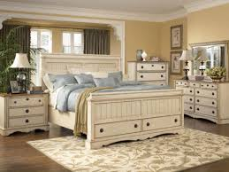 Good Size 1024x768 White Country Style Bedroom ...