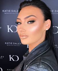 here it is my march mastercl makeup look date sunday 11th