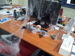 Halloween decorations for office Easy Captivatingofficehalloweendecorationswithwhitespiderwebs Bitweedco Things To Consider When Adding Halloween Decorations For Office Ls