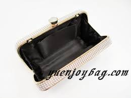 making a box frame clutch purse so sew easy