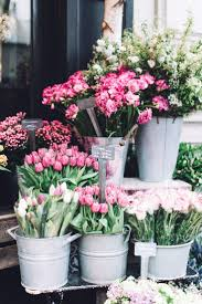 make your home look like a spring garden and learn how to arrange flowers like a