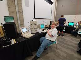 Alan P. and his 'cute' IPC/IPX Sun collection - Atlanta Historical  Computing Society