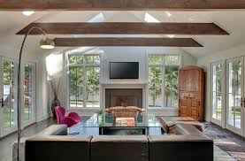 View in gallery Ceiling beams work well in contemporary rooms as well [ Design: Sellars Lathrop Architects]