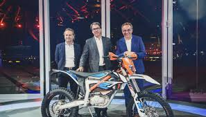 2018 ktm freeride 250. Perfect Freeride 2018 KTM Freeride EXC Unveiled In Ktm Freeride 250