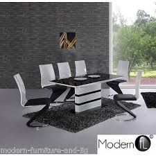 extendable high gloss dining table and 6 z chairs