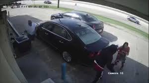woman carrying 75 000 in her purse run over by vehicle in brazen robbery attempt abc news