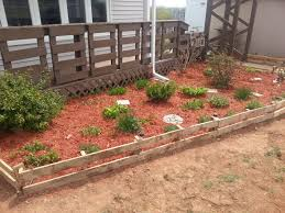 17 Simple and Cheap Garden Edging Ideas For Your Garden (8)
