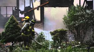 Fire claims home along Melvin Fields Road in Brookhaven 6-13-2014 - YouTube