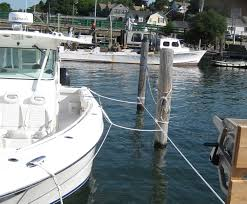 the marine installer s rant an everglades some very although it looks complicated this is elegant simplicity at its very best a line was stretched from the dock around the pilings and snugged up a