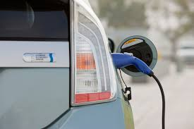 BUYER\u0027S GUIDE: Should You Buy A Hybrid Or Electric Vehicle? | BestRide
