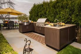 u shaped outdoor kitchen