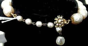 description miriam haskell large cream gl pearl choker necklace another of the circa 1960 s necklaces