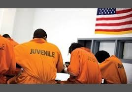 should violent juveniles be treated as adults in court org should violent juveniles be treated as adults in court