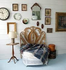 vintage bedroom decorating ideas for teenage girls. Vintage Headboard For Teenage Girl Bedroom Decorating Ideas Girls