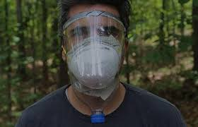 una mascarilla antivirus casera