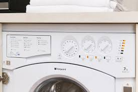 Hotpoint Washer Dryer Combo Hotpoint Bhwd149 Intergrated Washer Dryer Youtube