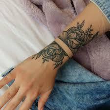 Tattoo Rosa Sul Polso