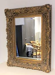 grote facet geslepen spiegel in robuuste lijst mirror glass wooden frame and plastic decorative