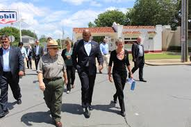 Us Cabinet Secretaries Us Secretaries Of Interior And Transportation Visit Little