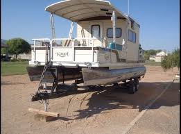 Small Picture 17 beste ideer om Pontoon Houseboats For Sale p Pinterest