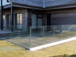 sunrock infinity glass barades installed on a balcony in mynytho north wales