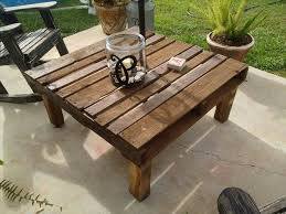 Pallet outdoor table.