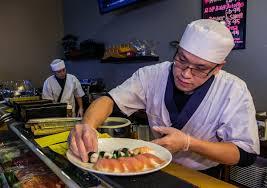 Sushi Cook Chef De Tucson Fei Cheng Of Sushi Cortaro Food Cooking