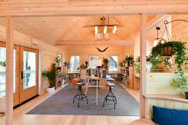 Treehouse masters interior Kid Sale Treehouse Masters Omni Montessori Owls Nest Library Qc Exclusive Omni Montessoris Owl In The Trees The Treehouse Masters Come To