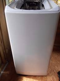 Hotpoint Top Loading Washing Machine Hotpoint Wtl500 Slimline Top Loading Washing Machine In