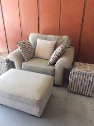 ALAN WHITE OVERSIZED ACCENT CHAIR AND OTTOMAN Furniture in