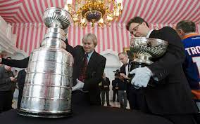 Stanley-Cup-Trophäe schon alles erlebt ...