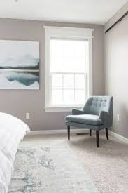 beautiful and affordable modern clic accent chairs for your master bedroom at a budget