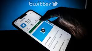 Disappearing tweets? Twitter unveils Fleets