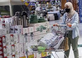 كورونا.. سلطنة عمان تعيد حظر التجول الليلي وتعليق الأنشطة التجارية