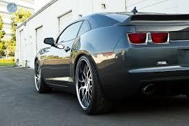 Chevrolet Camaro custom wheels Modulare H2 22x9.5, ET , tire size ...