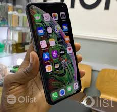 Used Apple iPhone XS Max 256 GB Price in Ikeja Nigeria For sale By Ikeja  -OList Phones