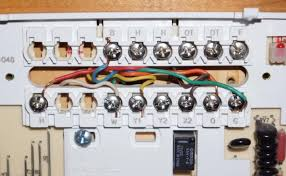 honeywell thermostat th8320u1008 wiring diagram honeywell have no idea what i m doing changing out thermostats and need help on honeywell thermostat th8320u1008