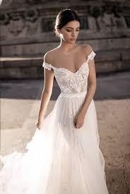 25 cute off shoulder wedding dress ideas
