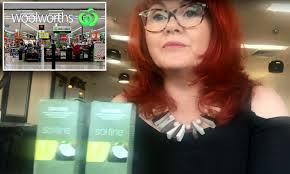 Hairdresser Slams Woolworths Over Dangerous Hair Dye