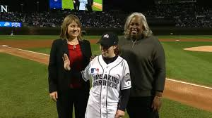 breaking barriers youth essay contest underway mlb com breaking barriers essay contest underway