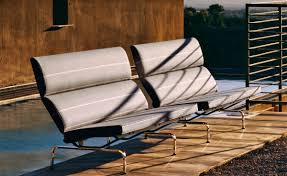 eames® sofa compact  hivemoderncom