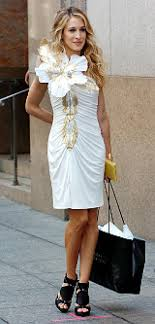 Carrie Bradshaw Carrie Bradshaws Back In Bloom With Her Signature Flower Ny